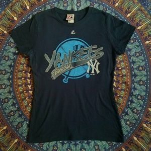 NWOT New York Yankees T-Shirt